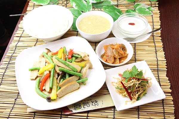 IMG_5191_五香豆腐とインゲンの香味炒め